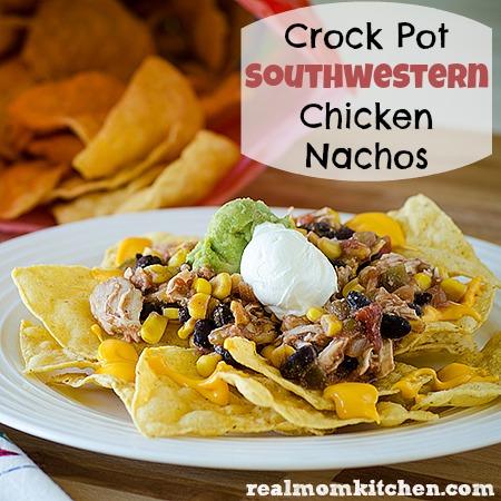 Crock Pot Southwestern Chicken Nachos | realmomkitchen.com