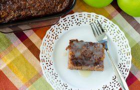 Apple Pudding Cake | realmomkitchen.com