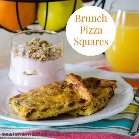Brunch Pizza Squares | realmomkitchen.com