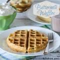 Buttermilk Waffles | realmomkitchen.com