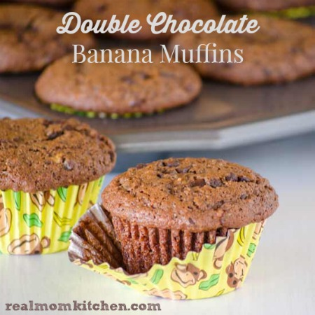 Double Chocolate Banana Muffins | realmomkitchen.com
