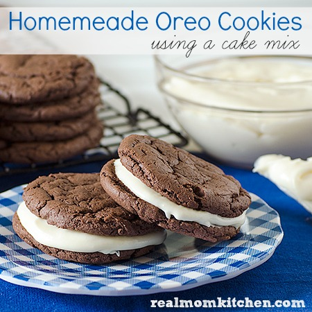 Homemade Oreo Cookies | realmomkitchen.com