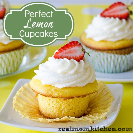 Perfect Lemon Cupcakes | realmomkitchen.com