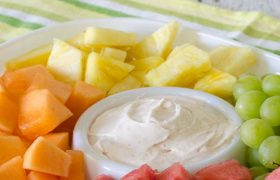 Easy Fruit Dip | realmomkitchen.com