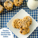 Flourless Peanut Butter Chocolat Chip Cookies | realmomkitchen.com
