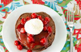 Chocolate Pancakes | realmomkitchen.com