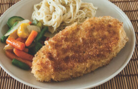 Easy Breaded Chicken | realmomkitchen.com