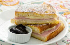 Monte Cristo Sandwiches   realmomkitchen.com