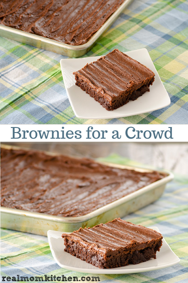 Brownies for a Crowd | realmomkitchen.com