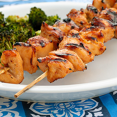 chicken skewers skewers of sage chicken with sweet italian sausage