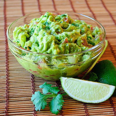 Easy Guacamole | Real Mom Kitchen