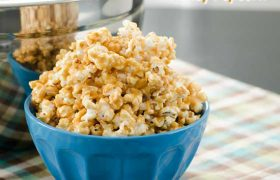 After School Peanut Butter and Honey Popcorn | realmomkitchen.com