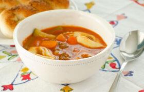 Italian Tortellini Soup | realmomkitchen.com