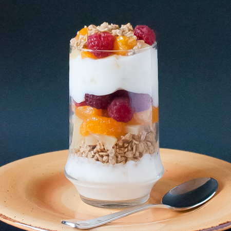 http://realmomkitchen.com/wp-content/uploads/2010/12/Tropical-Parfait3.jpg