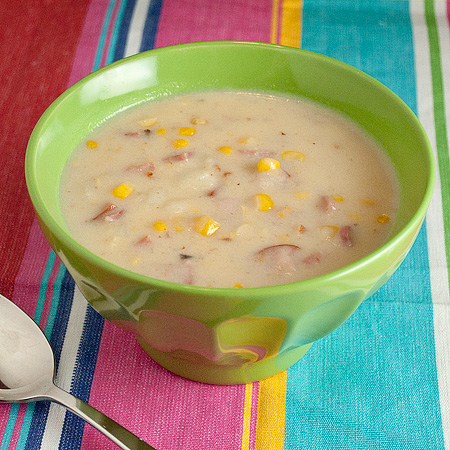 Corn Chowder in the Slow Cooker | realmomkitchen.com