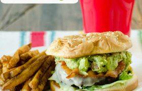 Guacamole Bacon Burger | realmomkitchen.com