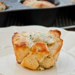Mini Garlic Monkey Breads | realmomkitchen.com