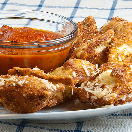 ... marinara sauce marinara sauce toasted ravioli with marinara dipping