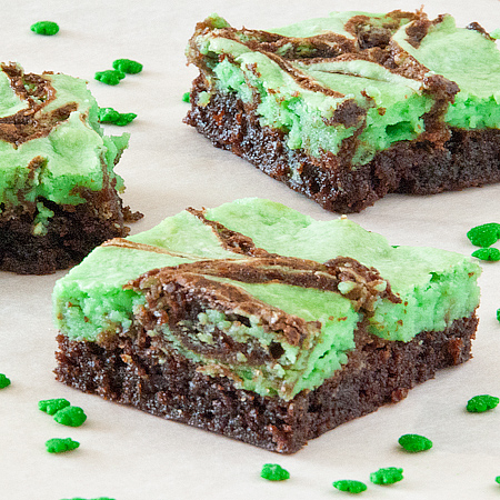 St. Paddy's Day Brownies   realmomkitchen.com