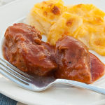 BBQ Ribs in the Slow Cooker | realmomkitchen.com
