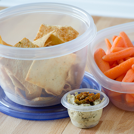 Snack/Lunch Time Dipping with Glad | realmomkitchen.com