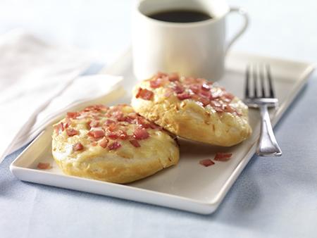 Apple Cheddar Breakfast Biscuits