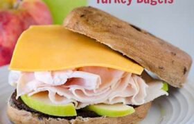Apple Cheddar Turkey Bagels | realmomkitchen.com