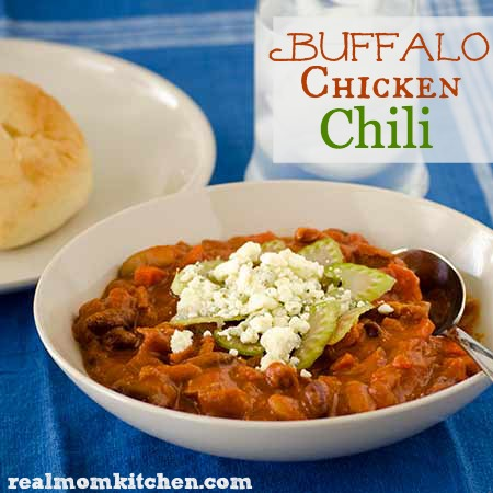 Buffalo Chicken Chili l realmomkitchen.com