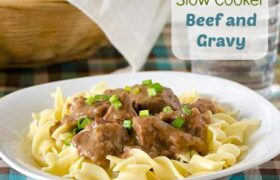 Slow COoker Beef and Gravy | realmomkitchen.com