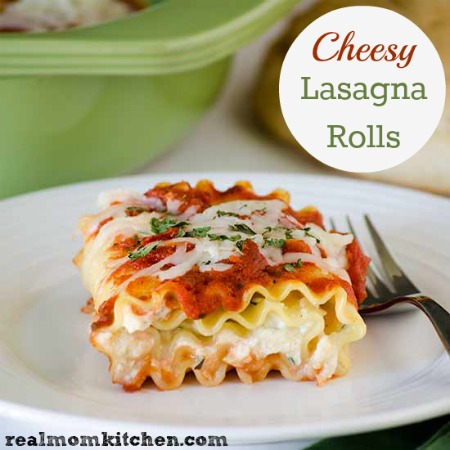 Cheesy Lasagna Rolls | realmomkitchen.com