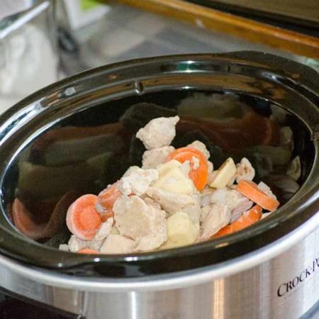 Crock Pot Cuisine Roasted Chicken and Dumplings PreCooked 450