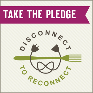 Disconnect to Reconnect Giveaway | realmomkitchen.com