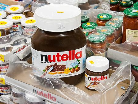 giant nutella jar