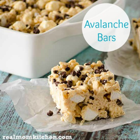 Avalanche Bars   realmomkitchen.com #nationalpeanutbutterday #celebratingfood