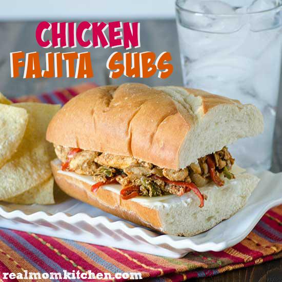 Chicken Fajita Subs | realmomkitchen.com