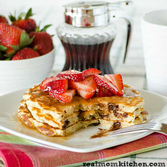 Chocolate Chip Pancakes | realmomkitchen.com