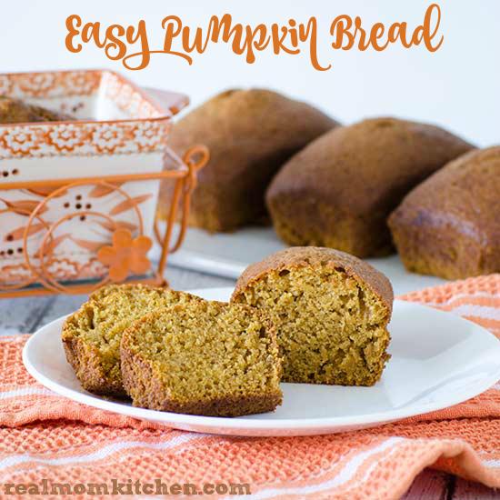 Easy Pumpkin Bread | realmomkitchen.com
