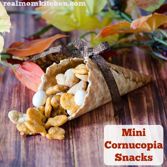 Mini Cornucopia Snacks | realmomkitchen.com #thanksgiving