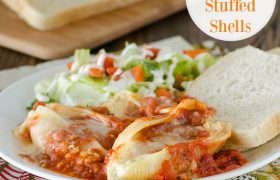Easy Cheese Stuffed Shells | realmomkitchen.com