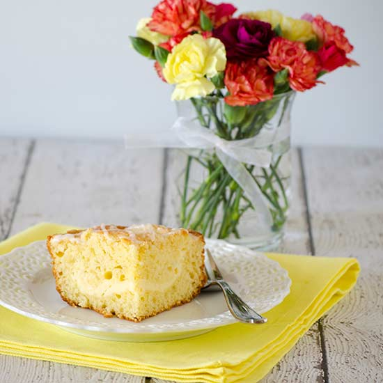 Lemon Cream Cheese Coffee Cake | realmomkitchen.com