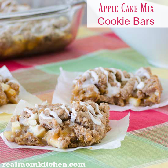 Apple Cake MIx Cookie Bars | realmomkitchen.com