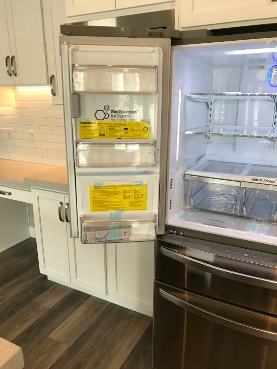 LG Fridge ice maker | realmomkitchen.com