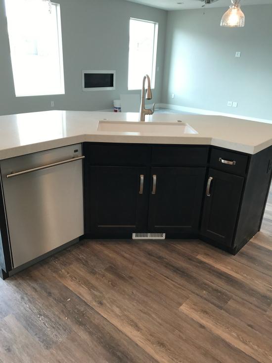 new kitchen island   realmomkitchen.com