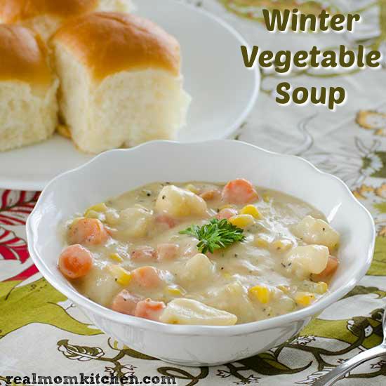 Winter Vegetable Soup | realmomkitchen.com