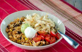 Instant Pot Chicken Burrito Bowls | realmomkitchen.com