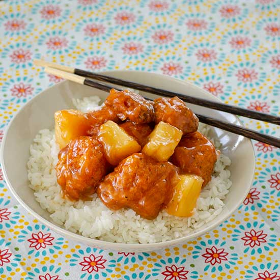 Sweet and Sour Chicken | realmomkitchen.com