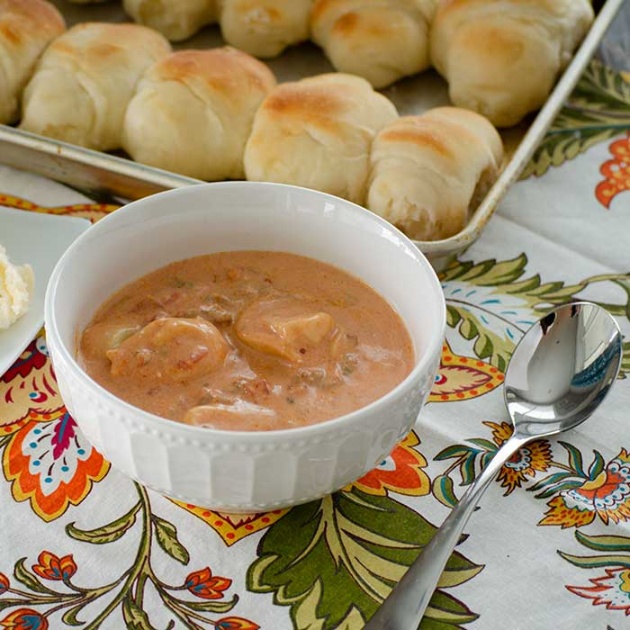 Slow Cooker Creamy Tortellini Soup Recipe: Slow Cooker Creamy Tomato And Tortellini Soup