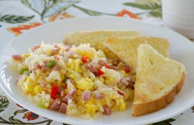 Breakfast Skillet | realmomkitchen.com