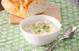 Chicken, Bacon, and Wild Rice Soup | realmomkitchen.com