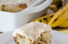 Banana Cinnamon Rolls with Maple Frosting | realmomkitchen.com